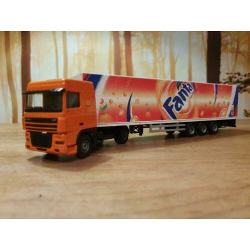 Lion Toys - Lion Car Daf XF Fanta met trailer 1:50 NM