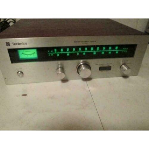 Vintage Technics AM/FM Stereo Tuner ST-3000